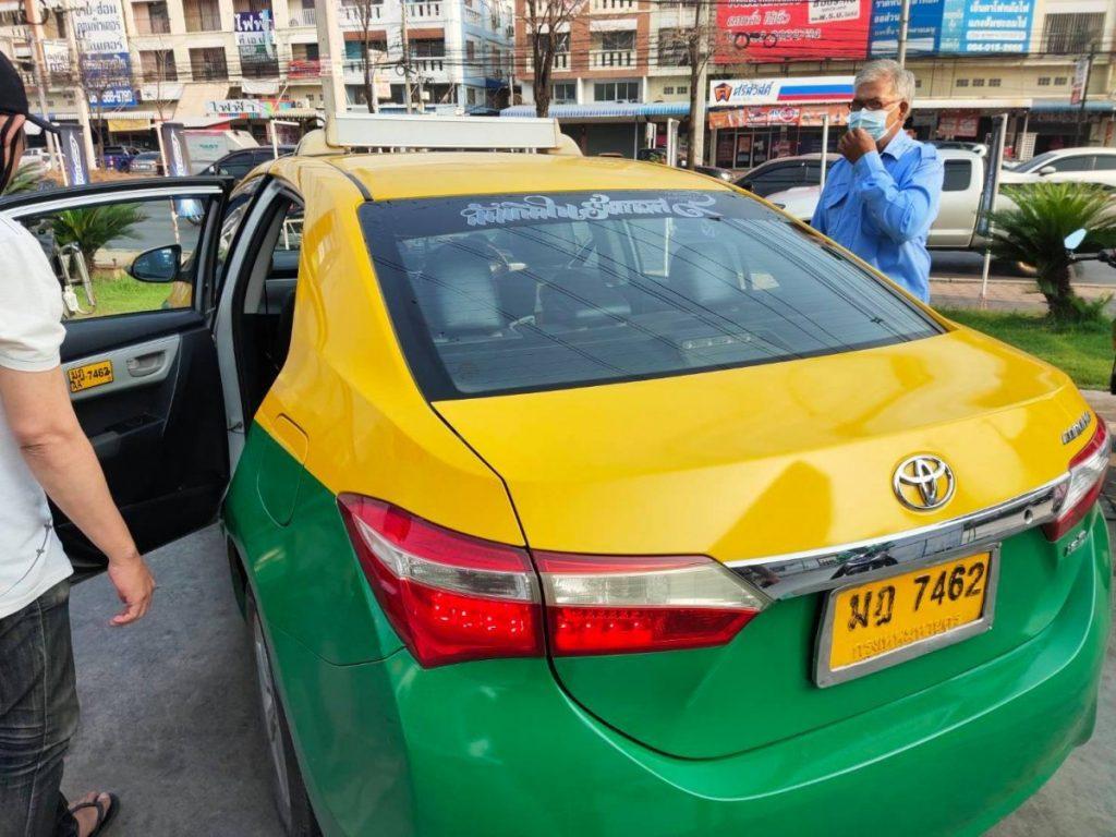 เลขเด็ดคลอดลูกบนรถแท็กซี่