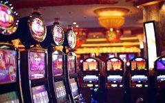 สล็อต (Slot machine)